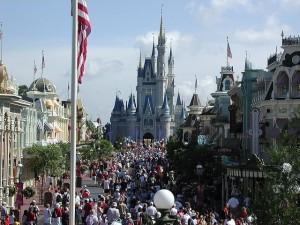 Big crowds at Walt Disney World during Christmas week