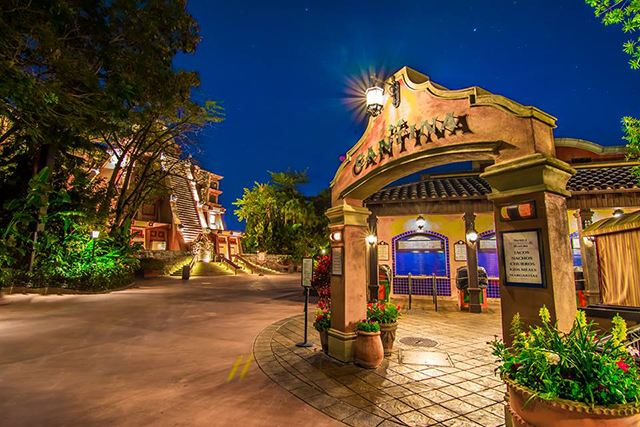 Head here for the best churros at WDW! Photo by WDW Shutterbug