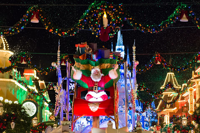 Santa Claus, Mickey's Very Merry Christmas Party