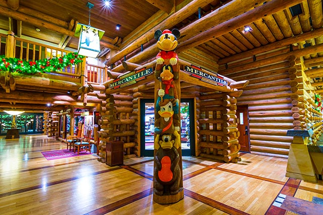 Mercantile, Totem Pole, Wilderness Lodge