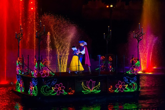 Fantasmic Dining Package A Vip Experience