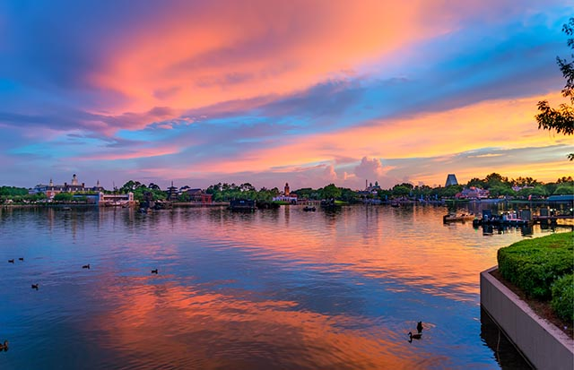 epcot-pictures-sunset-world-showcase-mike